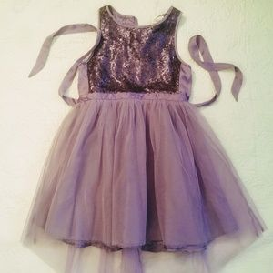 Disney ,D Signed girls10/12 princess purple dress